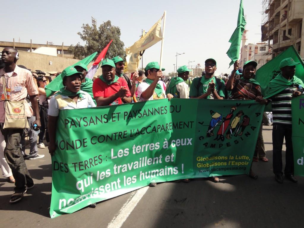 Bauernorganisationen demonstrieren in Dakar gegen Landgrabbing