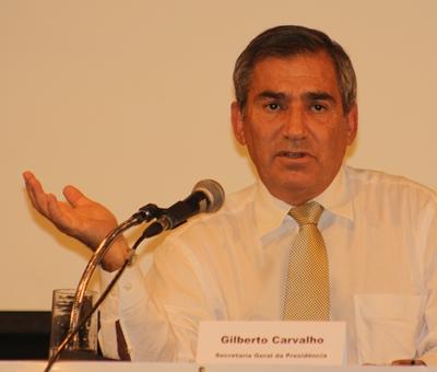"""Ausgebuffter Politprofi im """"ehrlichen Dialog"""": Präsidentschaftsminister Gilberto Carvalho"""