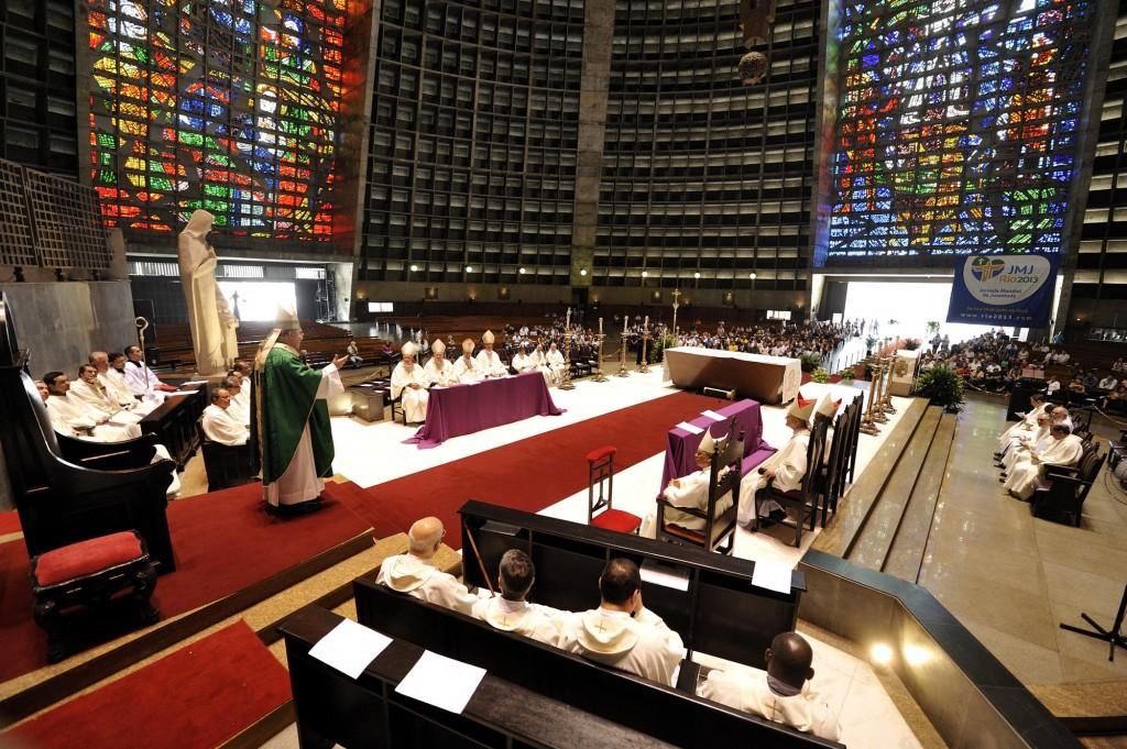 Heilige Messe mit Mitgliedern der CIDSE und MISEREOR in der Kathedrale von Rio de Janeiro, Brasilien