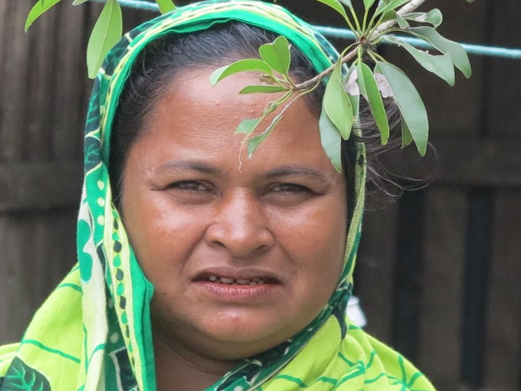 """Khadiza ist eine von 30 """"Tigerwitwen"""" in ihrem Dorf."""