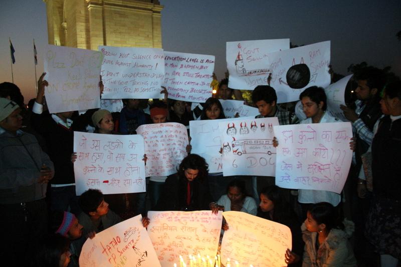 Stiller Protest © Ramesh Lalwani via Wikimedia Commons/flickr