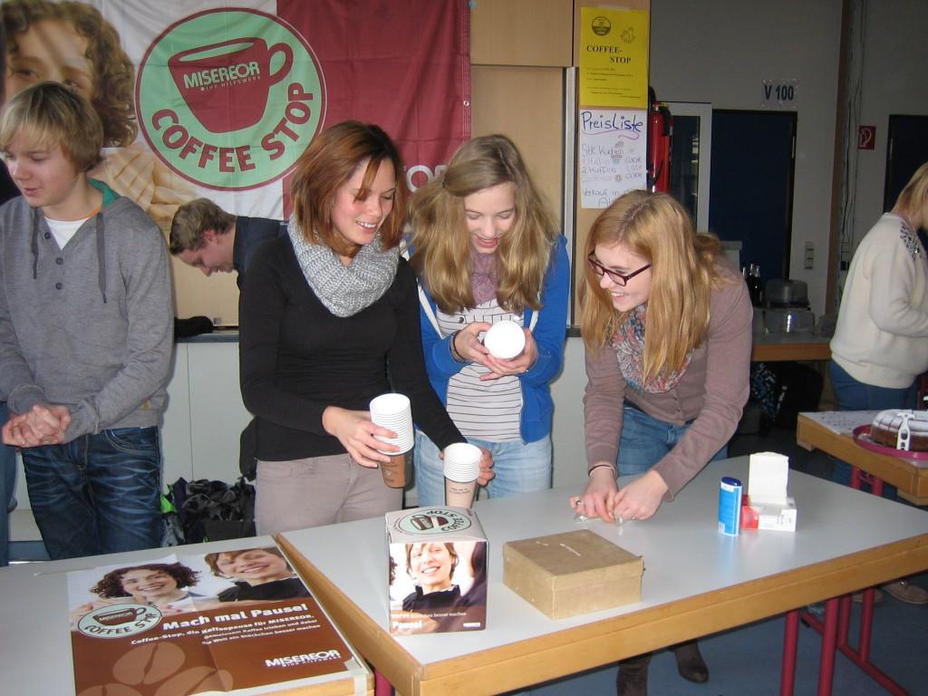 Neben fairgehandeltem Kaffee gab es auch Kakao auf fairem Anbau.