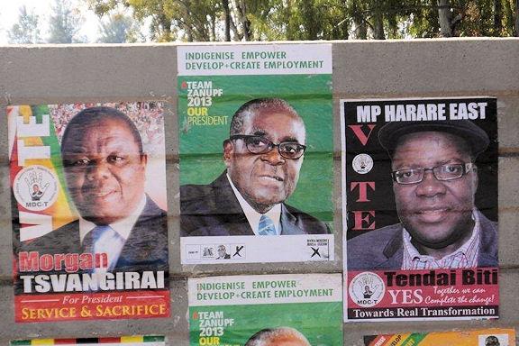 Wahlplakate in der Hauptstadt Harare.