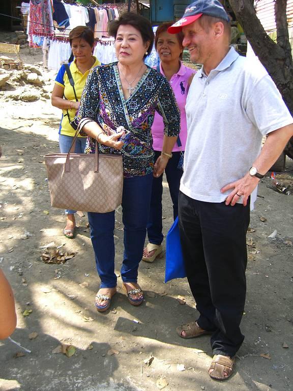 Monsignore Pirmin Spiegel während seiner Solidaritätsreise auf den Philippinen.