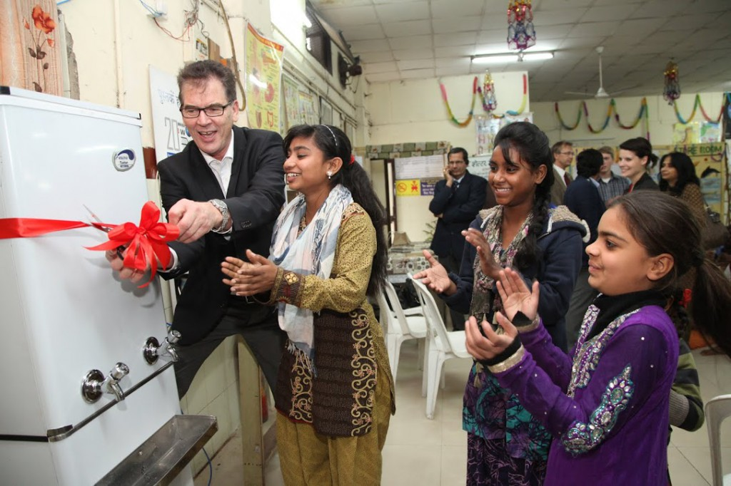 "Entwicklungsminister Gerd Müller im Butterflies ""Fatehpur Night-Shelter"" in Old Delhi."