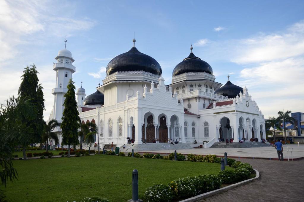 Sie hielt dem Tsunami stand: Die Moschee im Hafenviertel von Banda Aceh ©Kopp/MISEREOR