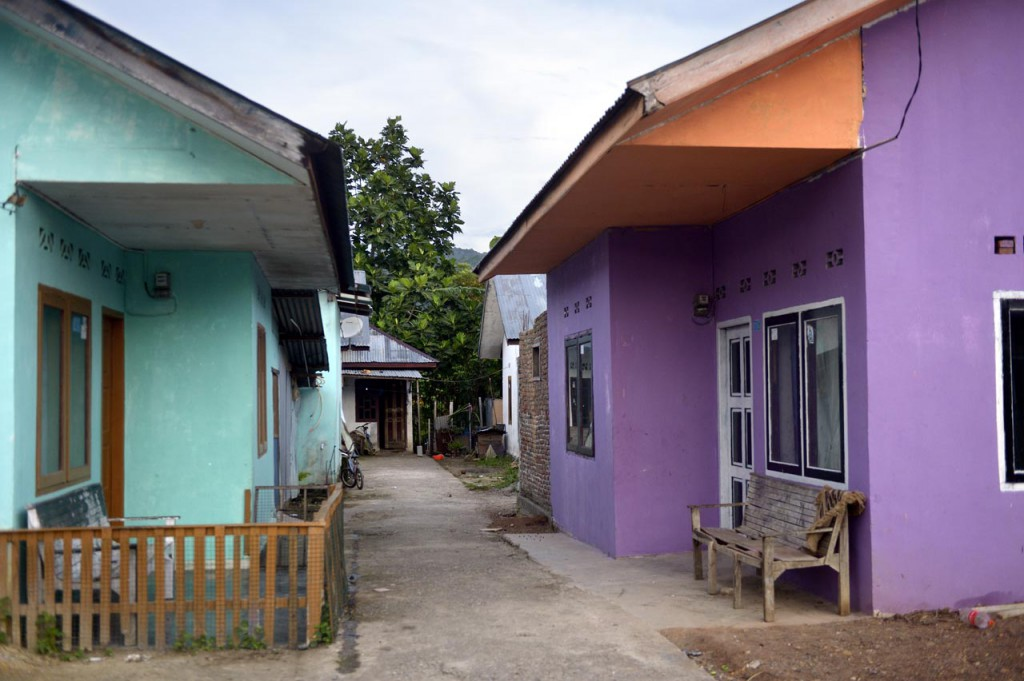 Rückkehr zur Normalität: In dieser Siedlung wurden zahlreiche Häuser mit Hilfe von MISEREOR wieder aufgebaut. © Kopp/MISEREOR