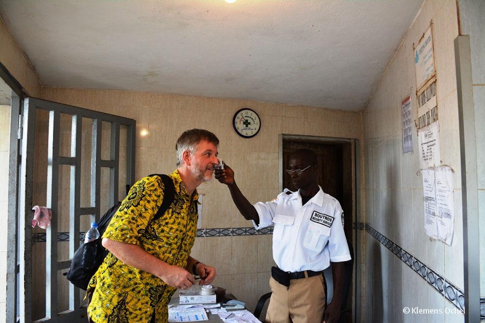Klink unter IPC-Ebola-Liberia_Klemens Ochel (1)