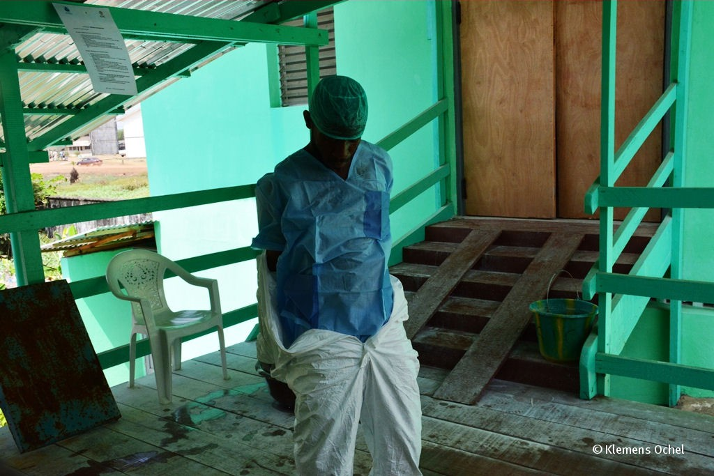 Klink unter IPC-Ebola-Liberia_Klemens Ochel (10)
