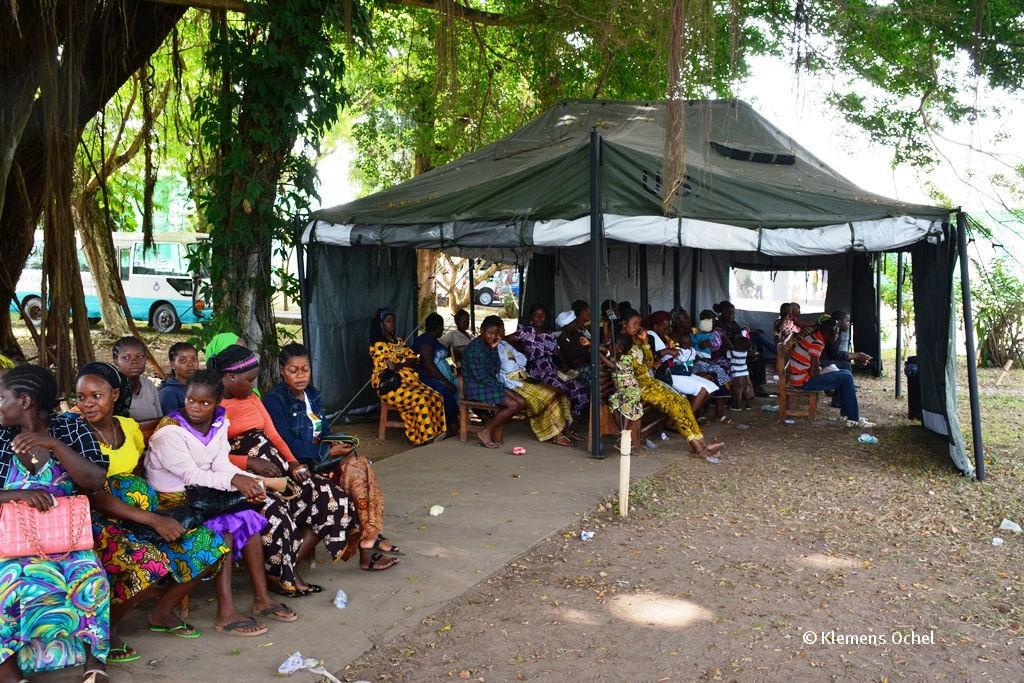 Klink unter IPC-Ebola-Liberia_Klemens Ochel (3)
