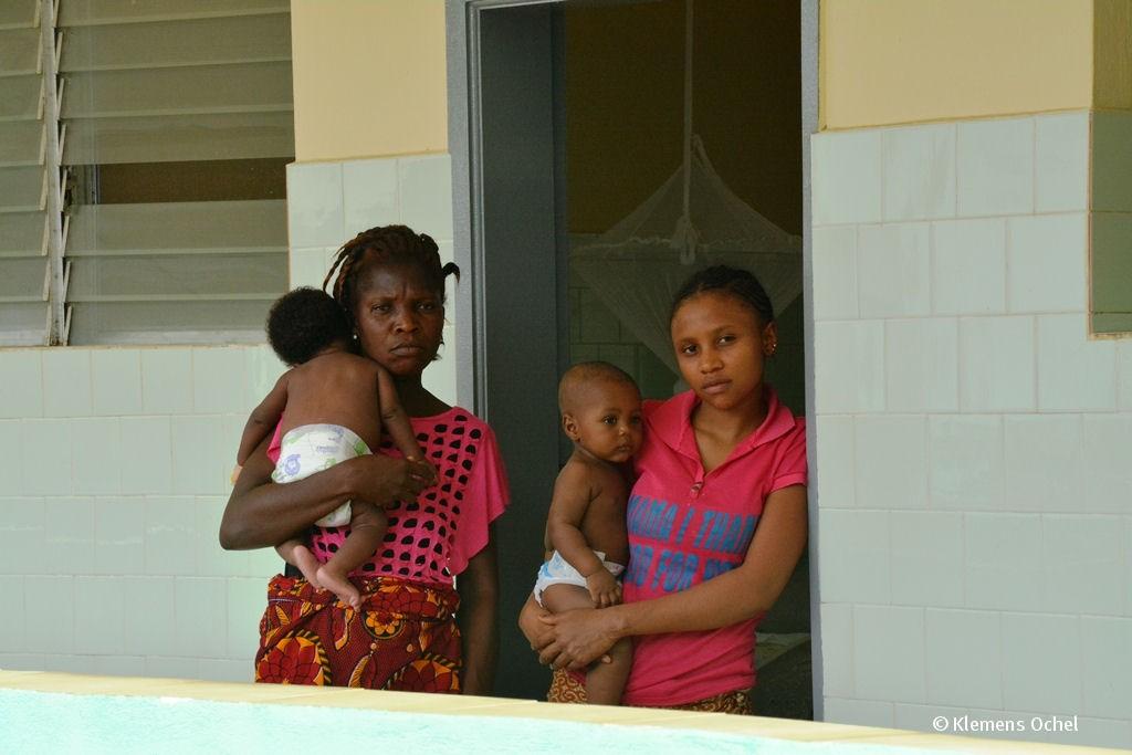 Klink unter IPC-Ebola-Liberia_Klemens Ochel (5)