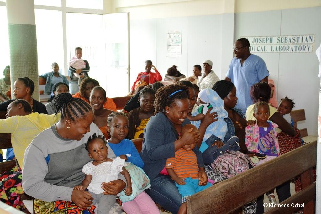 Klink unter IPC-Ebola-Liberia_Klemens Ochel (6)