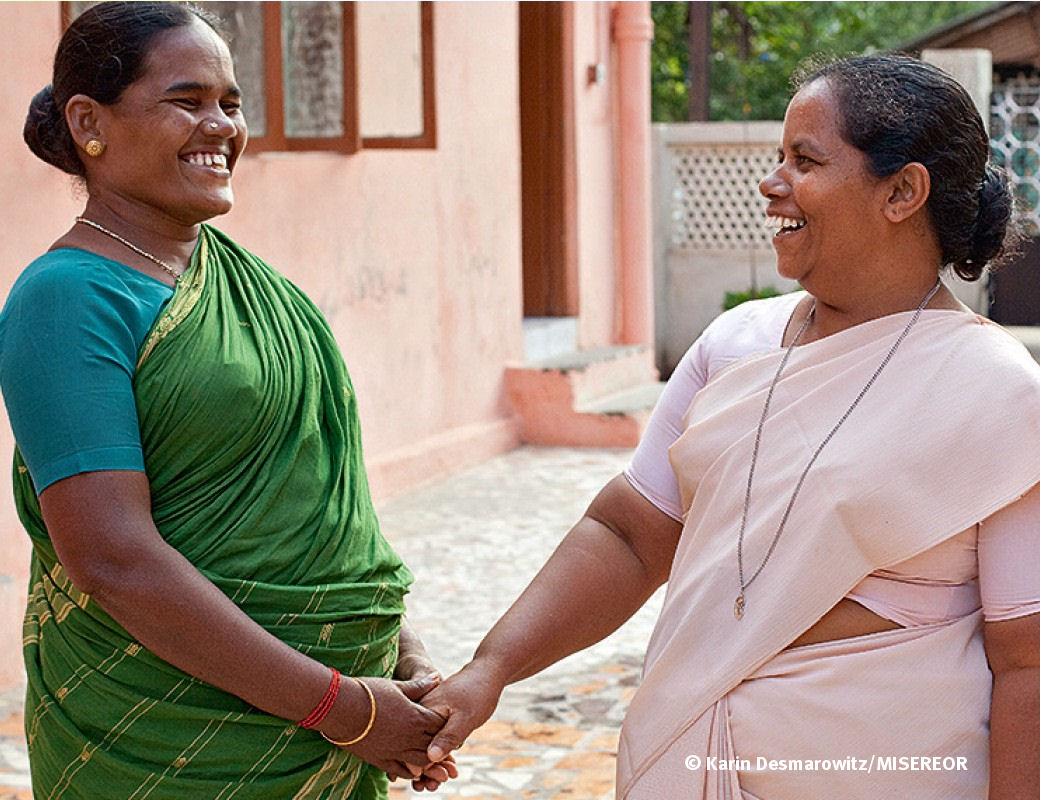 """Mein Tochter ist hier sehr glücklich."""": Girijas Mutter verabschiedet sich von DMI Schwester Vasanthi."""
