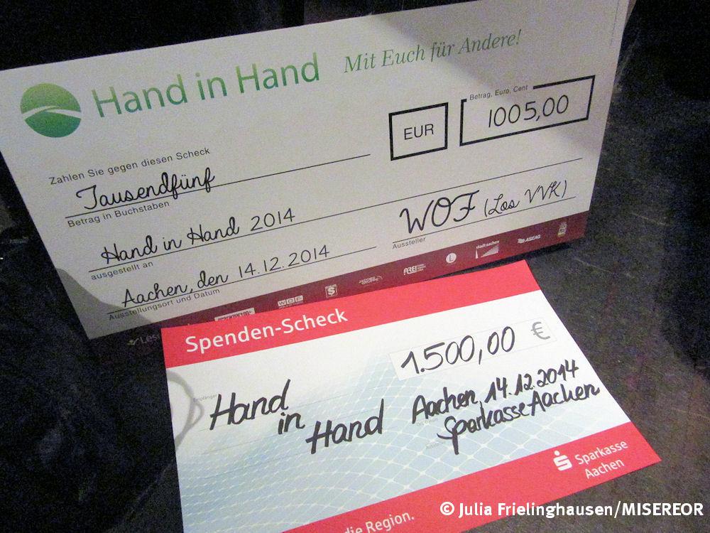 Spendeschecks Sparkasse Aachen - WOF Aachen