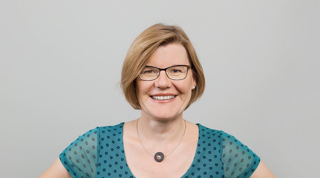 MISEREOR-Referentin Barbara Schirmel setzt sich im deutschen Netzwerk INTEGRA gegen FGM ein ©MISEREOR