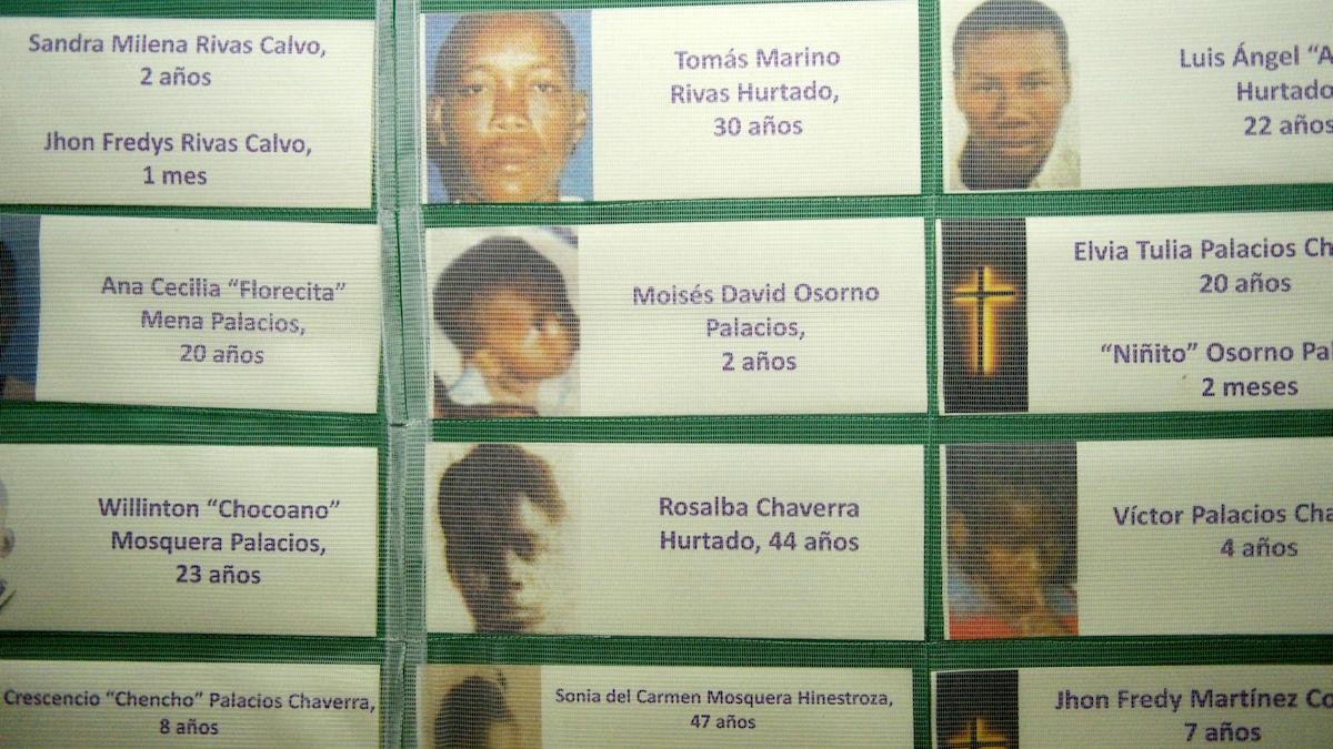 Namen und Fotos von Bürgerkriegsopfern in der Kapelle des Bischofssitzes, Quibdo, Departamento del Chocó, Kolumbien; Foto: Florian Kopp/Misereor