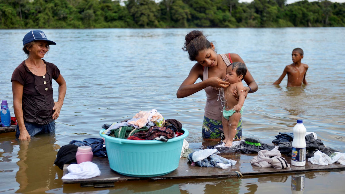 Der Fluss Tapajos im Distrikt Itaituba ist für die Menschen Nahrungsmittelquelle, Treffpunkt und Heimat. Foto: Florian Kopp/Misereor