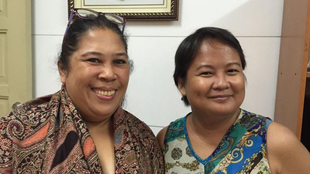 Joy Lascano (Direktorin, rechts) und Lisa Ugay (Advocacy Officer, links) vom Balay Rehabilitation Centre Foto Thomas KullerMISEREOR
