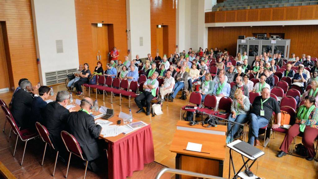 Viele Zuschauerinnen und Zuschauer verfolgten im Neuen Rathaus die Diskussion © Thomas Kuller/MISEREOR