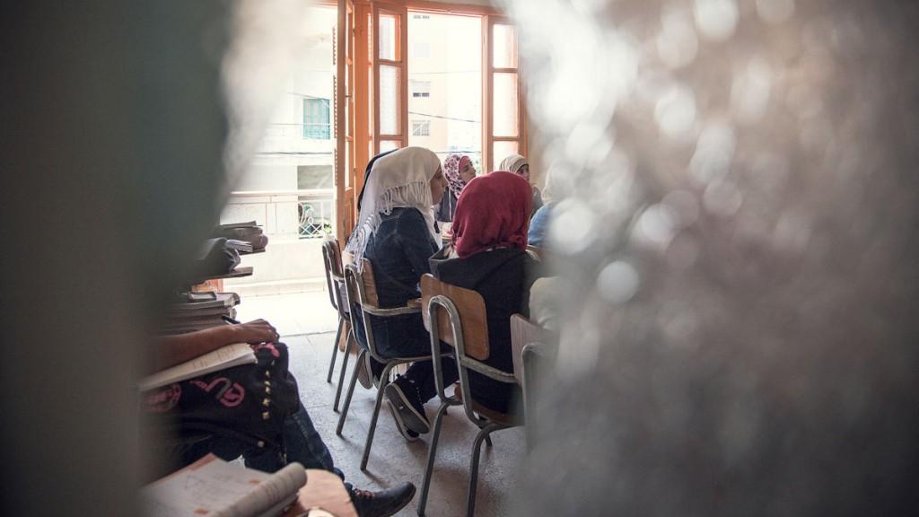 Zwischen allen Stühlen - Schulklasse