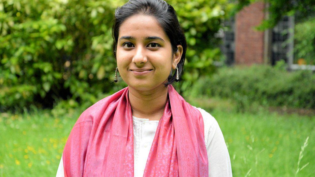 Jyoti (21) aus Delhi hat gerade ihr Geschichtsstudium beendet und freut sich ebenfalls auf neue Erfahrungen in Deutschland ©Thomas Kuller/MISEREOR