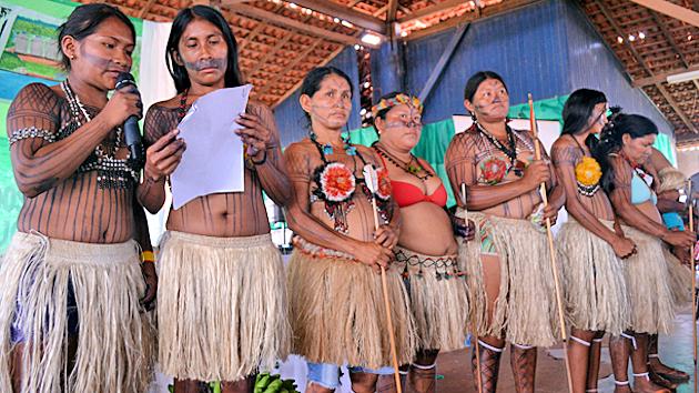 MAB-Munduruku-Frauen