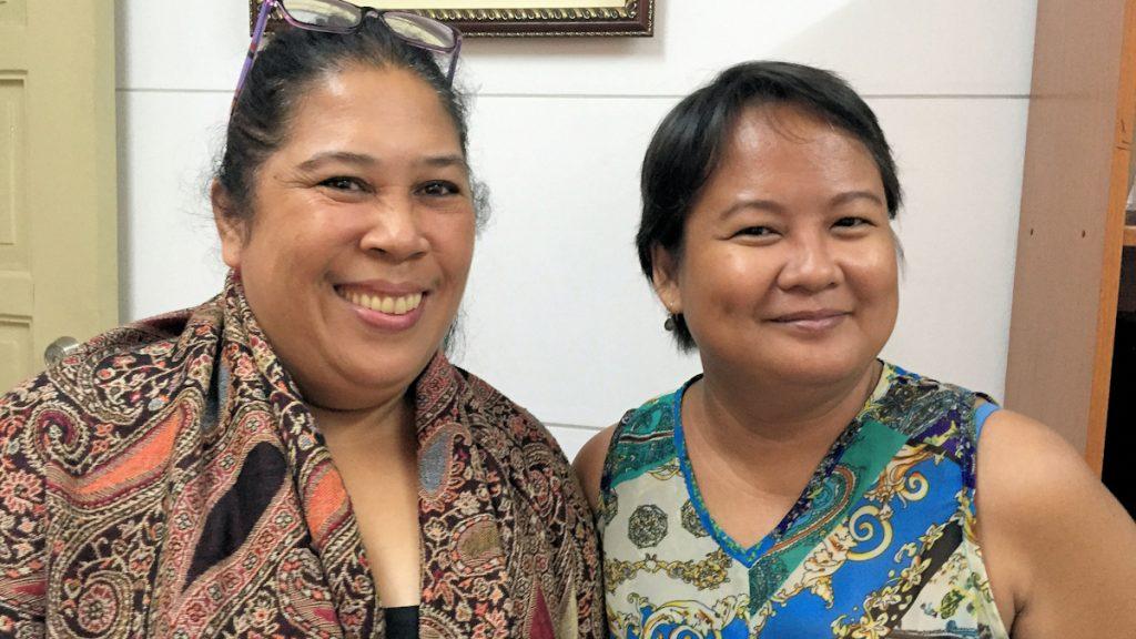 Lisa Ugay und Joy Lascano vom Balay Rehabilitation Center setzen sich u.a. für traumatisierte Kinder und Jugendliche ein ©Thomas Kuller/MISEREOR