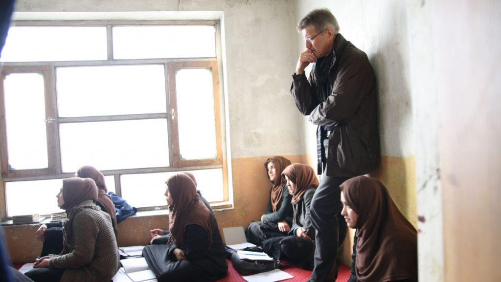 martin-broeckelmann-simon-im-misereor-projekt-ofarin-in-afghanistan