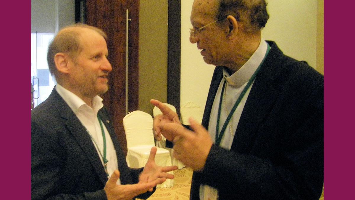 Pirmin Spiegel und Kardinal Gracias aus Indien bei der Vollversammlung der asiatischen Bischofskonferenzen FABC.