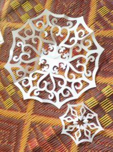 Papierschneeflocken