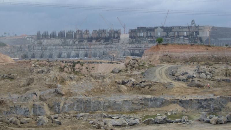 Bau des Staudamms Belo Monte 2014 © Alexander Riesen