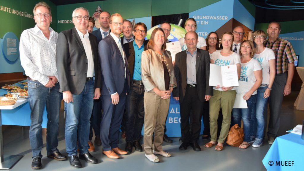 Die Preisträger des Umweltpreises Rheinland-Pfalz zum Thema Wasser © MUEEF