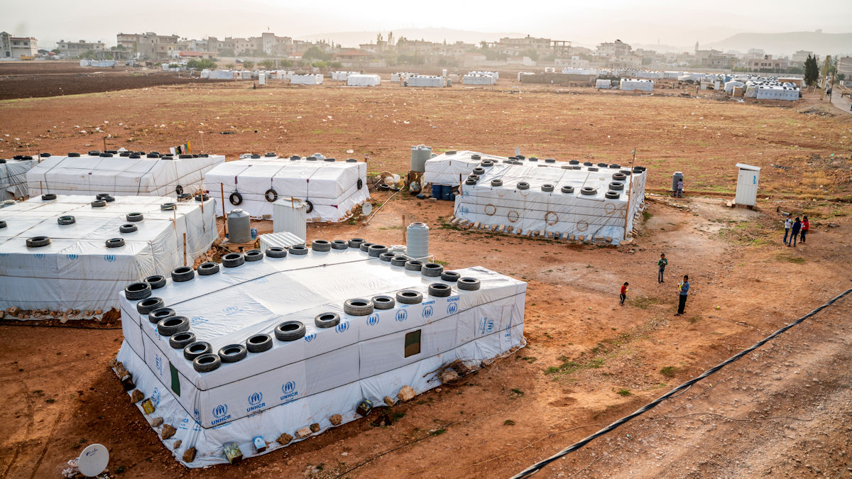 """""""Zeltstädte"""" der UN-Flüchtlingsorganisation als neues Zuhause. Foto: Greven/MISEREOR."""