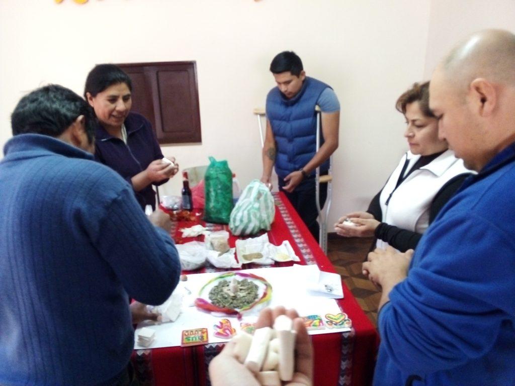 Dieses Bild hat ein leeres Alt-Attribut. Der Dateiname ist Martins-Erste-Bilder-aus-Bolivien-Ivitipora-005-1024x768.jpg