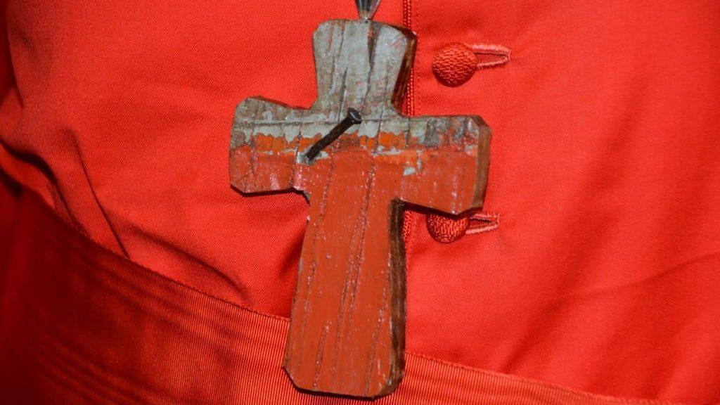 Brustkreuz des Jesuiten und neu ernannten Kardinals Michael Czerny