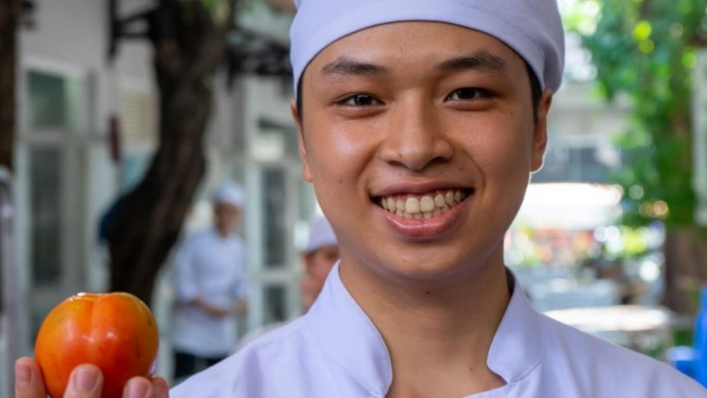Auszubildender Mai Sen Kochschule Vietnam