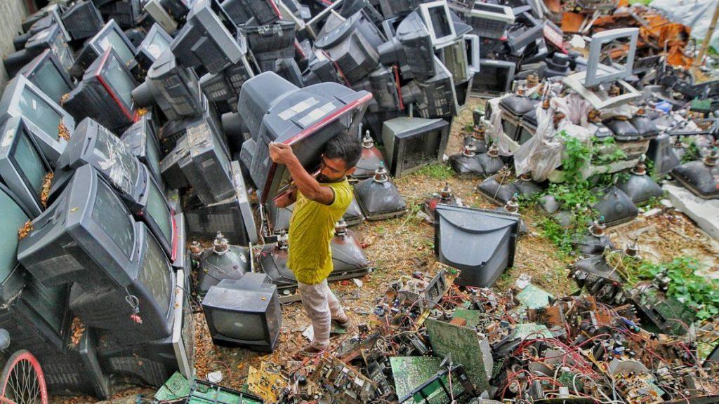 Rohstoffe Elektroschrott Ausschlachten Bangladesch