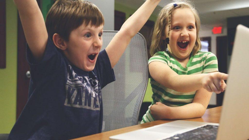 digitale Kompetenzen Bildungserfolg Kinder